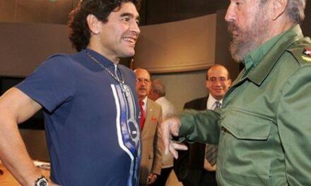 Maradona le ʽChe' du sport, ʽfils de Fidel et soldat de Maduro'