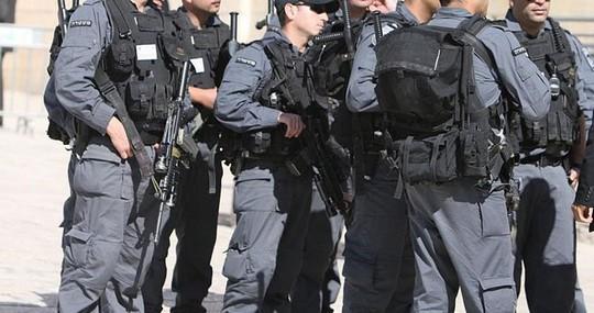 Un Jérusalémite et son épouse arrêtés près de la porte des Maghrébins