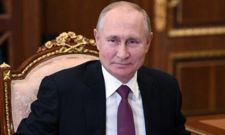 «Vous n'avez pas peur de poser des questions qui dérangent»: Vladimir Poutine salue les 15 ans de RT