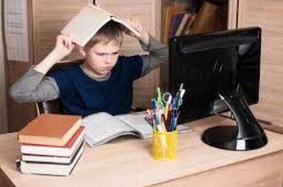Enseignement à l'heure du Covid : 83% des élèves présentent des troubles psychiques en Russie