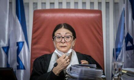 La loi de l'état-nation a été auditionnée devant la Cour, de même que la farce de la démocratie israélienne