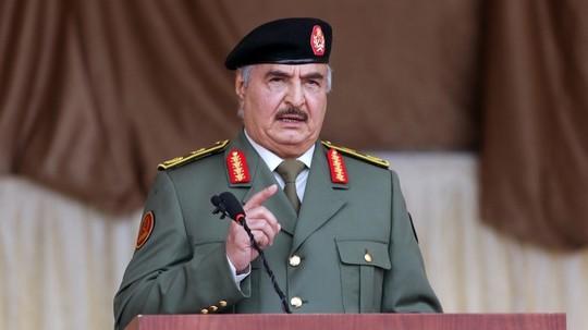 Libye: Haftar appelle à reprendre les armes pour « chasser l'occupant » turc