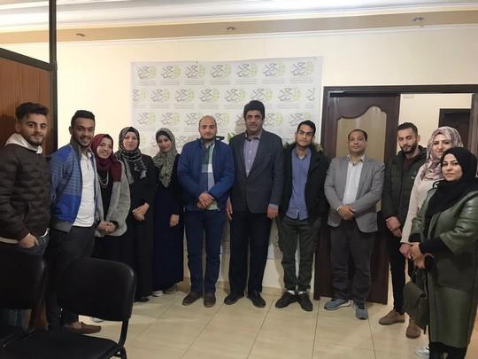 Les étudiants et les diplômés de français en visite dans plusieurs associations et médias dans la bande de Gaza