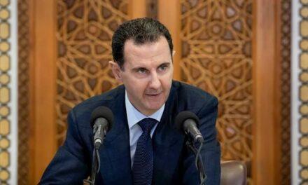 Guerre en Syrie: malgré son échec, Washington menace toujours de renverser Assad