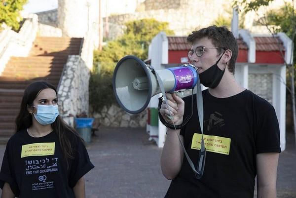 Honneur aux 60 lycéens israéliens qui refusent de servir dans l'armée de l'apartheid