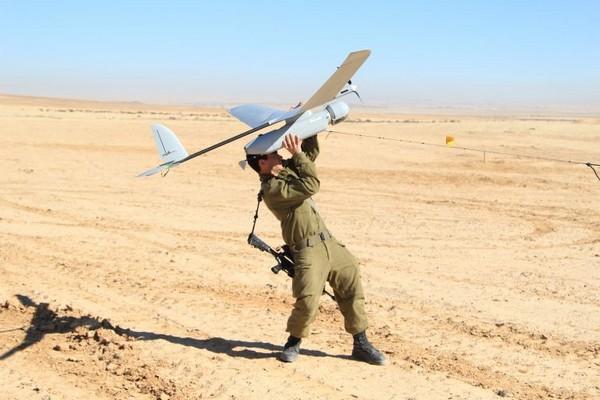Cette base de données révèle des décennies de louches marchés d'armes d'Israël