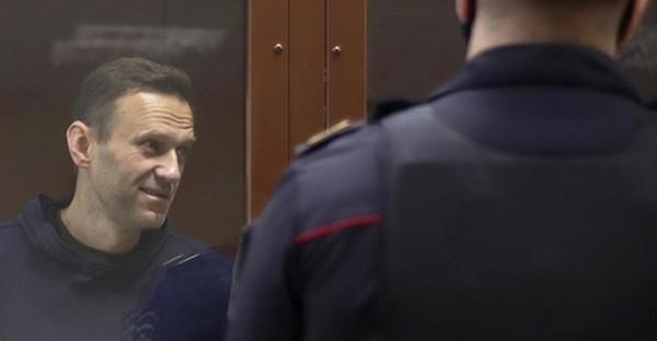 La Russie expulse des diplomates européens