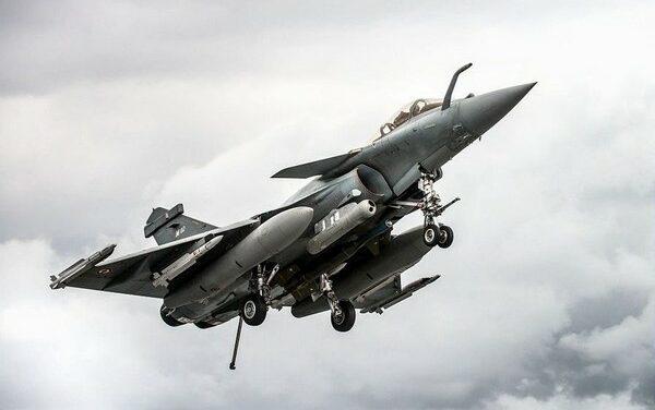 Chasseurs bombardiers français aux portes de la Russie ?