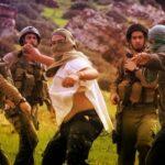 Des colons et des soldats d'occupation expulsent les agriculteurs de leurs terres à Deir Nizam