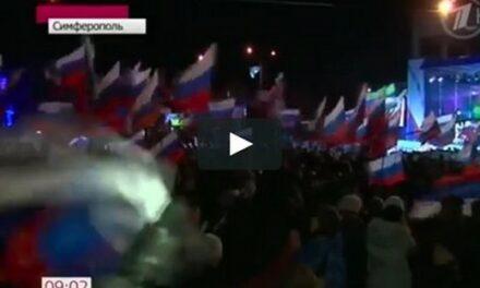 La Crimée redevient russe (3) : les 'hommes en vert' sécurisent la péninsule