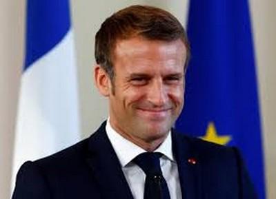 Macron et la parodie d'une gestion sanitaire