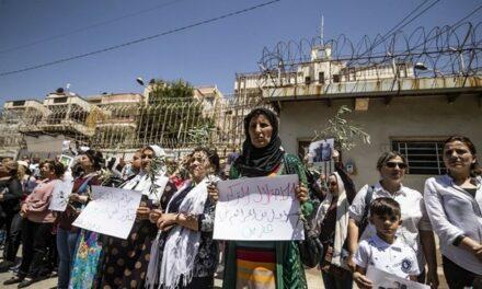 Rassemblements dans le nord syrien réclamant la fin de l'occupation turque et américaine