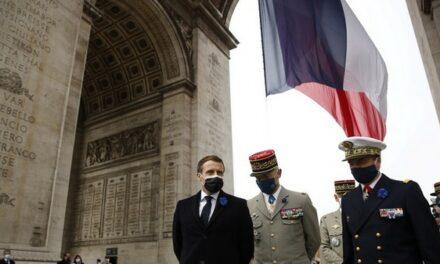 «Le texte des factieux» : la gauche dénonce la tribune de généraux et la réponse de Marine Le Pen