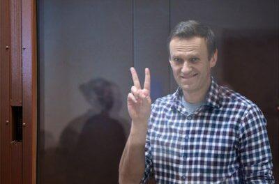 Il ne reste que la Russie à ne pas souhaiter la mort de Navalny