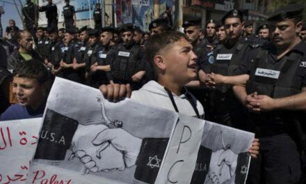 En décidant unilatéralement le report des élections, Abbas humilie l'ensemble des Palestiniens