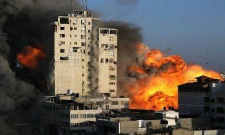 Gaza: Les corps de six membres d'une même famille retirés des décombres
