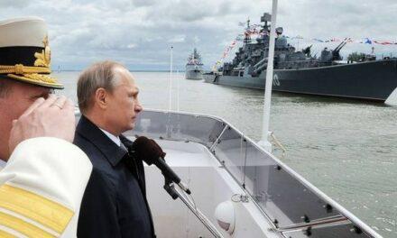 Poutine promet de 'casser les dents' de ceux qui tenteraient de 'mordre' à la Russie
