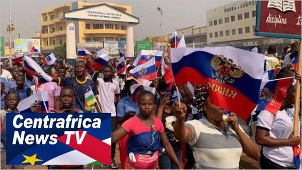 Bangui avec les Russes contre les médiamensonges russophobes de RFI