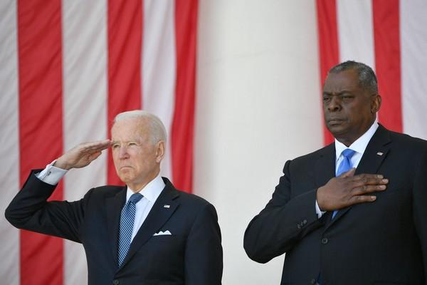Moyen-Orient : Les bombardements de Biden profitent uniquement à l'industrie de l'armement