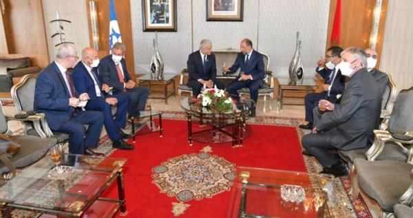 Hamas dénonce la visite de Lapid au Maroc