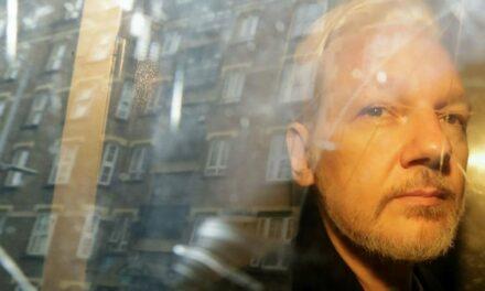 Le gouvernement américain et la CIA ont comploté pour kidnapper ou assassiner Assange à Londres