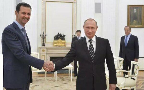 Vladimir Poutine reçoit Bachar al-Assad à Moscou et critique l'ingérence américaine et turque en Syrie