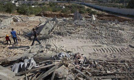 Les autorités d'occupation approuvent l'expropriation des terres palestiniennes à Al-Quds